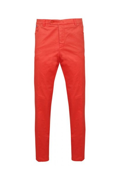 chino couleur rouge